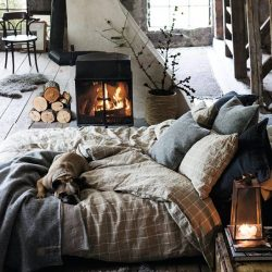 How to Style a Cozy Fall Bedroom//LuxeDecor